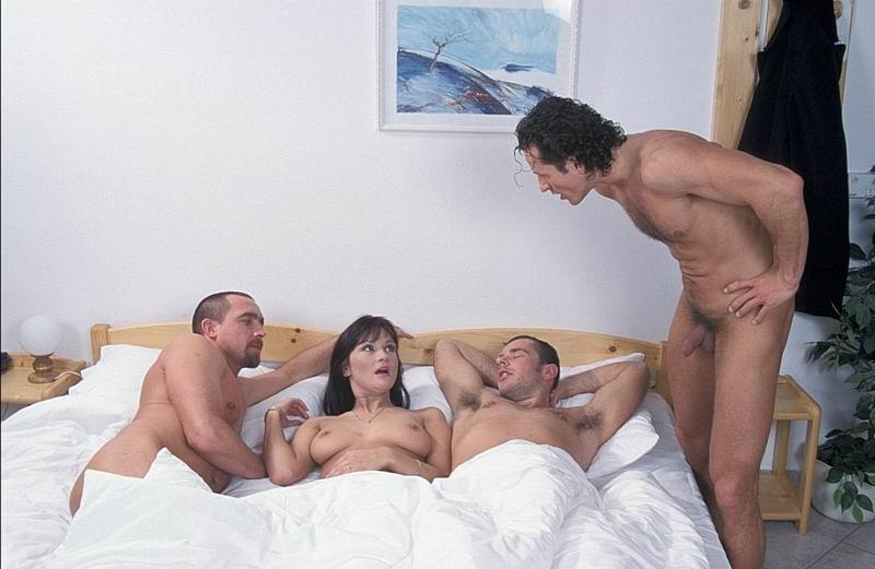 Порно Брюнетка Жена Изменяет Мужу